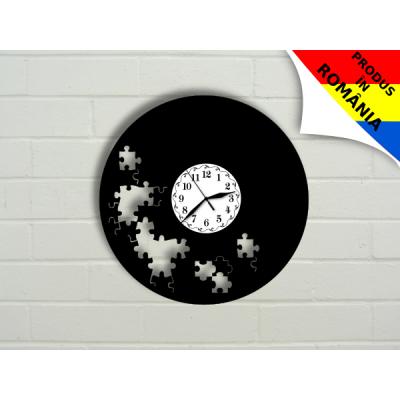 Ceas cu puzzle - model 1
