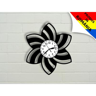 Ceas abstract cu floare - model 1