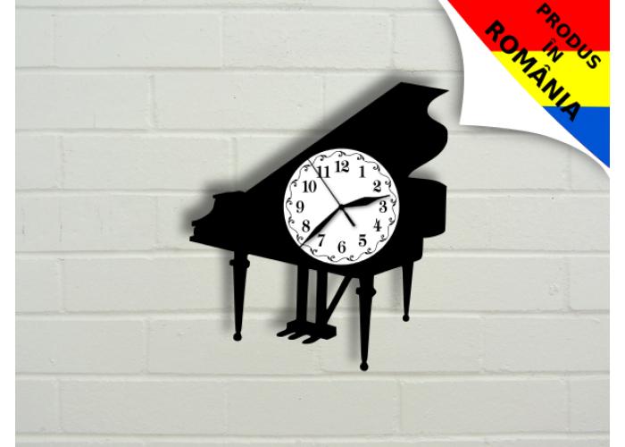 Ceas cu pian