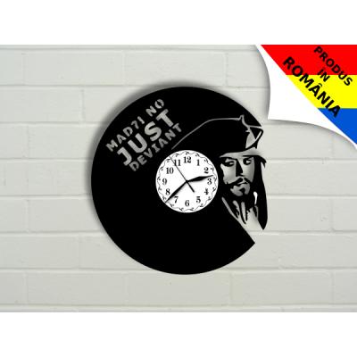 Ceas Piratii din Caraibe