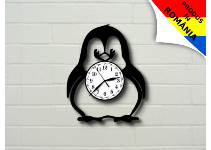 Ceas cu pinguin