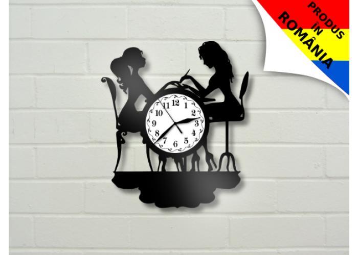 Ceas pentru salon de manichiura - unghii - model 2