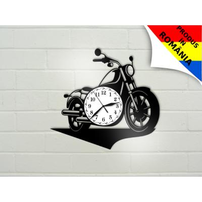Ceas cu motocicleta - model 1