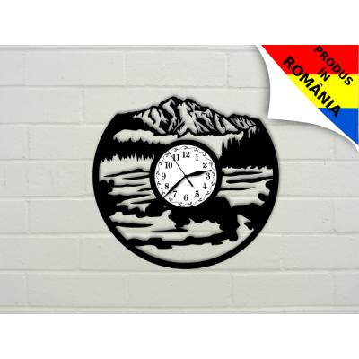 Ceas pentru iubitorii de drumetii - munte