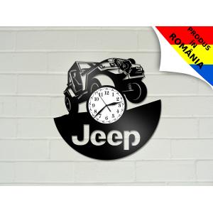 Ceas cu Jeep
